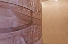Роспись стен коридора