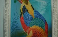 Роспись интерьера птица на стене